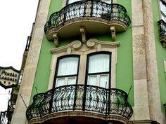 Lisboa, Portugal .Padaria S. Roque, Rua D. Pedro V ao Príncipe Real.