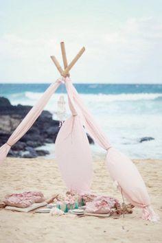 beach picnic turns into tent ^_^