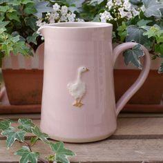 Ceramic Pottery, Pottery Art, Ceramic Art, Clay Projects, Clay Crafts, Keramik Design, Cute Mugs, Pottery Painting, Clay Art