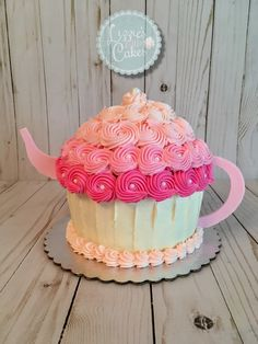 Alice in Wonderland teapot smash cake! Tea Party Cupcakes, Tea Party Theme, Party Cakes, Cupcake Cakes, 2 Birthday Cake, Tea Party Birthday, Third Birthday, Birthday Ideas, Girls Tea Party