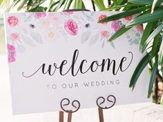 Bienvenidos a nuestra boda Floral boda cartel por bellaloveletters