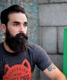 "bearditorium: "" Chris "" R I Love Beards, Great Beards, Awesome Beards, Beard Suit, Sexy Beard, Handsome Bearded Men, Hairy Men, Bearded Guys, Short Beard"