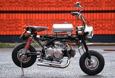 Good ! it's cool!  Nice custom!  HONDA Monkey, 50cc