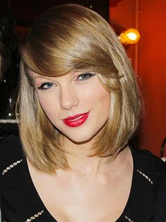 I love Taylor Swift and everything about her. Her hair, makeup, clothes, and attitude are always on point Fringe Hairstyles, Short Bob Hairstyles, Cool Haircuts, Pretty Hairstyles, Sweet Hairstyles, Hairstyle Ideas, Ombré Hair, Cut My Hair, Her Hair
