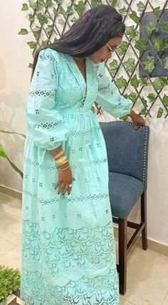 African Fashion Dresses, African Dress, Hijab Fashion, African Lace Styles, Lace Dress Styles, Africa Fashion, African Beauty, Wrap Dress, Jensen Ackles