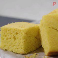 Skillet Cornbread, Health Dinner, Good Food, Yummy Food, Vegan Lunches, How To Make Bread, Recipe Cards, Fall Recipes, Food Videos