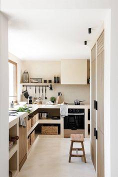 Kitchen Dining, Kitchen Decor, Kitchen Ideas, Kitchen Trends, Hidden Kitchen, Charming House, Concrete Kitchen, Beautiful Home Designs, Dream Decor