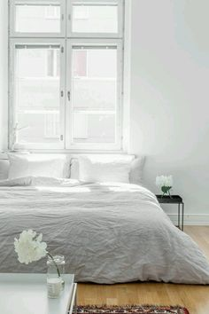 A plain white bedroom offers the beauty of modern simplicity which incorporates simple organic living. Airy Bedroom, Minimal Bedroom, Dream Bedroom, Home Bedroom, Bedroom Decor, Bedroom Ideas, Bedroom Inspiration, Master Bedroom, Taupe Bedroom