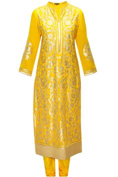 Yellow floral applique work kurta set  by Armaan Aiman. Shop at: www.perniaspopups.... #kurta #armaanaiman #clothing #shopnow #perniaspopupshop #happyshopping.