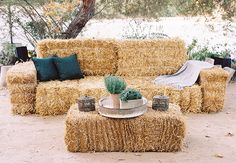 Couple Had Four Different Themed Lounge Areas at Their Reception Luxe Barn Wedding Inspiration Wedding Reception Ideas, Wedding Spot, Wedding Seating, Reception Areas, Wedding Rustic, Trendy Wedding, Wedding Hay Bales, Hay Bale Seating, Hay Bale Couch