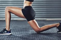 Try our most popular butt workouts from Muscle & Fitness Hers magazine, featuring plenty of squats, dips, lunges, and booty-blasting moves for a sexy butt. Easy Workouts, At Home Workouts, Lunges, Squats, Seance Cardio, Lose Thigh Fat, Different Exercises, Leg Press, Plyometrics