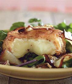 Diepgebraaide warm camembert-slaai Braai Recipes, Fish Recipes, Whole Food Recipes, Dessert Recipes, Cooking Recipes, Cheese Recipes, Salad Recipes, Desserts, Postres