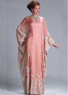 Elegant Dubai Chiffon Jewel Neckline Sheath Kaftan Evening Dresses with Lace Appliques
