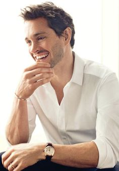 Hugh Dancy - One of my favorite Brits. So handsome.
