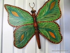 Lucy Designs - This lady is crazy talented. You should see the things she designs & makes. I LOVE her dragonflies. Check her out!