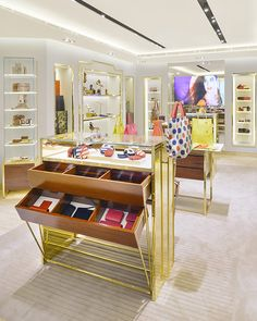 Furla store by HMKM, Hong Kong store design