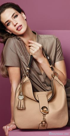 Pantone Toasted Almond handbag - http://www.boomerinas.com/2015/01/02/pantone-colors-for-spring-summer-2015-fashion-for-women/