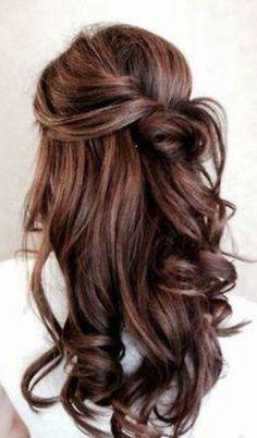 Bouncy curls with half up half down