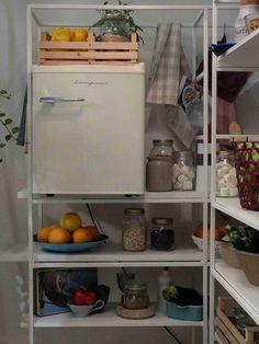 Il minifrigo perfetto anche per la dispensa.  #Bompani #architettura #design #arredamento #MadeInItaly #ItalianCulture #ItalianCuisine #fridge #frigorifero #minifridge #cream