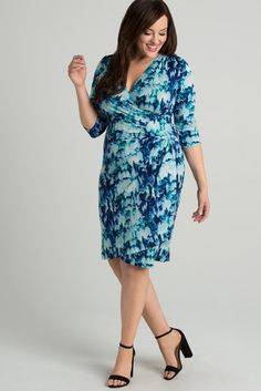 Our Ciara Cinch Dress is back with a NEW print for spring! You won't be feeling the blues in this style! Made exclusively for women's plus sizes. Made in the USA. Shop our entire collection of plus size women's dresses at www.kiyonna.com.