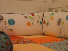 Kit berço patchwork colorido menina  www.ateliecolorir.com.br