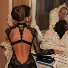 Gorgeous look of back & lace