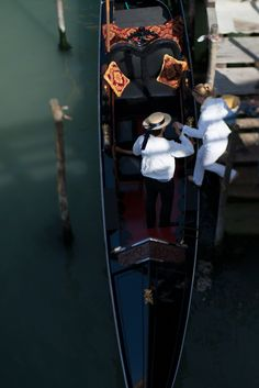 Gondolier, Venice, Italy, Travel @ Georgianna Lane