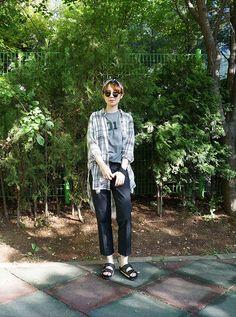 Korean street fashion with summer black sandal by suecomma bonnie #wannabk