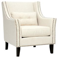 Michel Arm Chairという名前がついています。Joss & Mainのデザイン。クリーム色を黒の鋲と脚が引き締めていますね。アームのカーブは柔らかい印象です。特等席にしたいソファです。