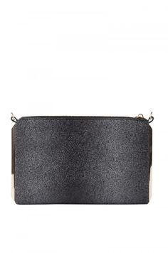 Day to Night Structured Clutch in Black (Get the look at shopAKIRA.com) #clutch #bags #black #cutebags #cutepurses # #fashion #trendy  #girlsbags #womenshandbags