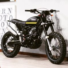 BORNco Custom Scrambler, based on the Triumph Platform