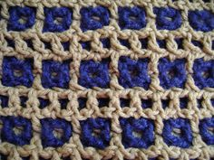 Interlocking Crochet™ - Honeycomb & Railroad Tracks Design