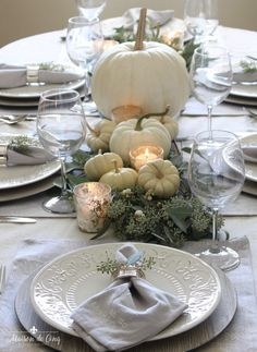 Gorgeous Neutral Fall or Thanksgiving Table with White Pumpkins and Eucalyptus ---> We're sharing this elegant, neutral fall table. Featuring white pumpkins and eucalyptus, this is perfect for a fall dinner party or even Thanksgiving! Fall Table Settings, Thanksgiving Table Settings, Thanksgiving Games, Pumpkin Centerpieces, Thanksgiving Centerpieces, Easter Centerpiece, Easter Decor, Glass Pumpkins, White Pumpkins