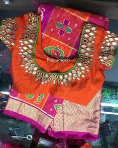 Ikkath saree paired with mirrorwork blouse Kids Blouse Designs, Simple Blouse Designs, Designer Blouse Patterns, Fancy Blouse Designs, Bridal Blouse Designs, Hand Designs, Mirror Work Saree Blouse, Mirror Work Blouse Design, Designers