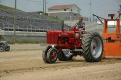 Pulling my Farmall Super H