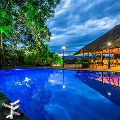 Come and unwind and de-stress at our beautiful pool. http://www.accommodation-in-southafrica.co.za/Mpumalanga/Nelspruit/LaRoca.aspx