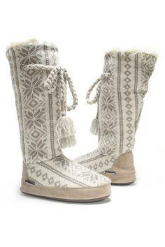 muk luks - Grace Slippers in Winter White
