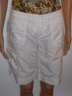 $11.99 & Free Shipping! Gap Size 0 Cute Long White Shorts With Lots of Pockets Cotton Blend #Gap #BermudaWalking