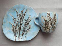 Ceramics And Pottery.Ceramics And Pottery. Thrown Pottery, Pottery Plates, Slab Pottery, Ceramic Plates, Ceramic Pottery, Ceramic Art, Pottery Vase, Ceramic Flowers, Clay Flowers