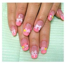 These nails are so cute