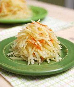 (감자조림) 맨입에 한접시 뚝딱 비우게 되는 파근파근 감자조림...^^ Korean Side Dishes, Vegan Party Food, Baking Items, Asian Recipes, Ethnic Recipes, Vegetable Seasoning, Cabbage, Bakery, Pork