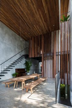 Thong House designed bu Nishizawaarchitects and is located in Vietnam - Architecture and Home Decor - Bedroom - Bathroom - Kitchen And Living Room Interior Design Decorating Ideas - Design Exterior, Interior And Exterior, Room Interior, Casa Magnolia, Design Case, Interior Architecture, Architecture Panel, Drawing Architecture, Chinese Architecture