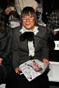 Hilary Alexander Photos - Fashion Director of The Daily Telegraph Hilary Alexander attends the Cynthia Steffe Fall 2010 fashion show during Mercedes-Benz Fashion Week on February 2010 in New York, New York. Front Row, Awards, Poses, Fall, Fashion, Figure Poses, Autumn, Moda, Fall Season