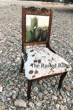 Upholstered Cactus and Cowhide Vintage Chair Southwest Furniture Southwestern Decor Cowhide Furniture, Cowhide Chair, Western Furniture, Vintage Furniture, Painted Furniture, Cabin Furniture, Rustic Furniture, Cowhide Decor, Furniture Design