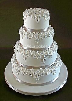 Start your own Wedding Cake Business! http://cakestyle.tv/products/wedding-cake-busines-serie/?ap_id=weddingcake - Daisy & Bling #WeddingCake
