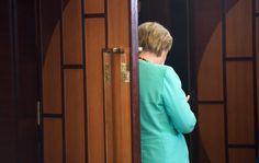 Bundeskanzlerin Angela Merkel (CDU) kommt am 05.09.2016 in Hangzhou (China)…