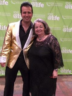 GFWC Texas Magnolia District President 2014-2016 Billie Williams, Liberty, TX, poses with Elvis impersonator Memphis, TN at GFWC 2015 Annual Convention
