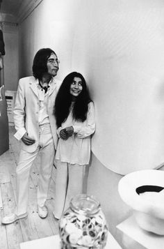 1st July 1968: John and artist Yoko Ono, at the opening of John's 'Joke Art' exhibition.