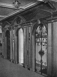 *TITANIC ~ The D-Deck elevator foyer on RMS Olympic. (Titanic's elevators were identical. Rms Titanic, Titanic Real, Titanic Photos, Titanic Ship, Titanic Movie, Belfast, Southampton, Carlisle, Bicicletas Raleigh