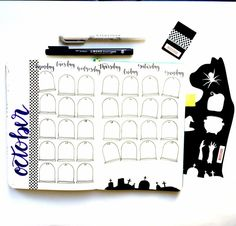 9 Fabulous Halloween Bullet Journal Layouts – Sowelu Studio Halloween is just around the corner can you believe it? It's the perfect holiday to celebrate by decking out your bullet journal! Bullet Journal Gifts, Bullet Journal Christmas, February Bullet Journal, Bullet Journal Stencils, Bullet Journal Monthly Spread, Bullet Journal Layout, Bullet Journal Inspiration, Bullet Journal Halloween, Bullet Journals